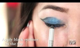How-To: Holiday Smoky Eyes