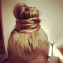 SIMPLE HAIR BANG