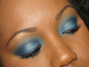 Blue smokey eye using the 120 palette 2nd edition from BH Cosmetics.