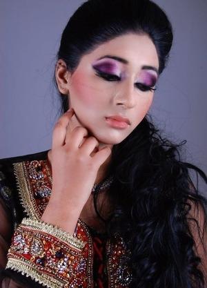 Another photoshoot, dark reddish purple smokey eye :)