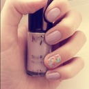 Lilac vintage floral nails