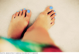 The Prettiest Pastels for Tanned Toes
