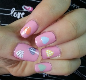 Check out my pics for a tutorial on how to do these nails :)