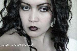 A dramatic look you can wear for vintage or Old Hollywood-themed parties and photo shoots.