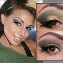 Green and Gold Smokey Eye