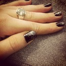 nails black and silver