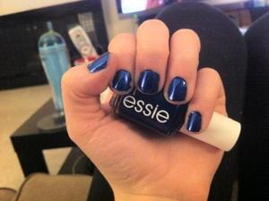Essie - Aruba Blue (No Flash)