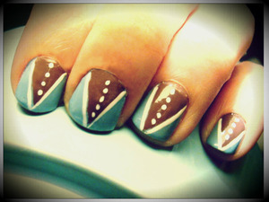 simple nail design using Revlon nail enamel in Dreamer Pure ICE nail polish in Taupe Drawer