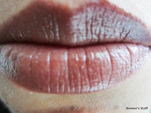 Maybelline Toffee Tango 375 read my review http://www.srinjla.com/2013/08/lipstick-challenge-day8.html#.Ul2DZBaXulJ