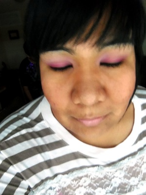 I know the pic isn't that good. I will have a tutorial for this look posted tomorrow hopefully. :)