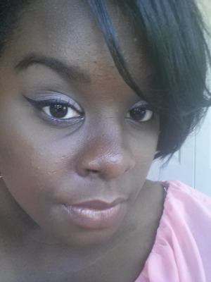 cat eyes with pink eyeshadow