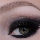 Sexy Black Smokey Eyes