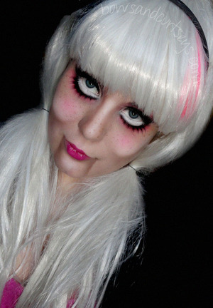 Cute N' Creepy Ventriloquist Doll Halloween Look  http://www.bowsandcurtseys.com/2011/10/cute-and-creepy-ventriloquist-doll.html
