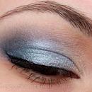 Light Blue Subtle Smoky Eye