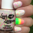 Neon Lights & Neon Gradient Accent Nail