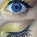 Dirty golden yellow look💛