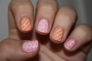 http://iloveprettycolours.blogspot.com/2012/04/spring-challenge-2-flowers-and-stripes.html