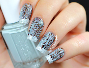 More photos and info here: http://www.lacquerstyle.com/2013/11/winter-forest-snow-nail-art.html