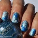 Snow flakes nail art