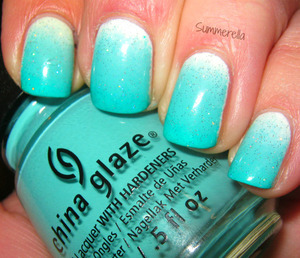 China Glaze Ombre set Wait Teal You See! topped with inm Northern Lights Topcoat http://summerella31.blogspot.com/2013/03/wait-teal-you-see.html#