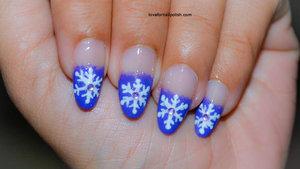 Detail Tutorial http://lovefornailpolish.com/purple-tips-nail-art-easy-snowflake-nails