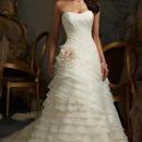 Amazing A-Line Vintage Long Wedding Dress