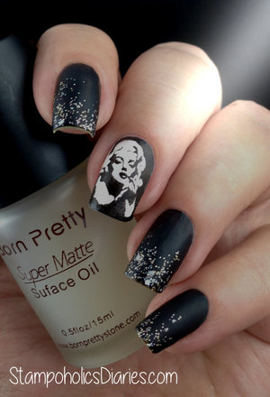 http://stampoholicsdiaries.com/2014/12/27/marilyn-nails-with-born-pretty-bp-15-essence-fatal-and-artdeco-410/