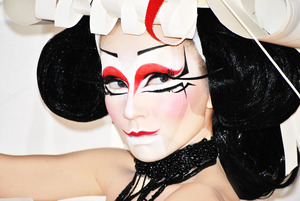 a futuristic geisha !! model - gianna vlachou