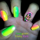 Nails - Neon Gradient with Colorful Leopard Print