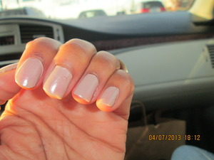 NUDE NAILS BY REVLON