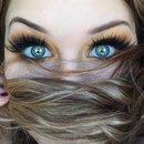 Matte Vibrant Yellow Smokey Eye
