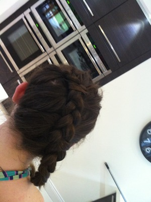 This was very quick but I'm quite proud of my katniss braid!!! What do you guys think???  Lily P xxx ❤❤❤