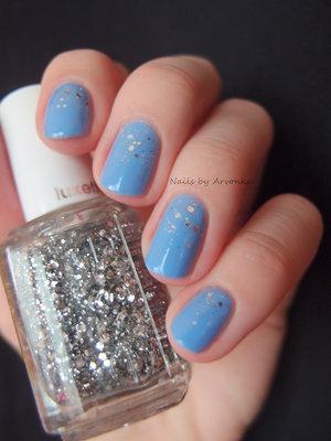 http://arvonka-nails.blogspot.sk/2015/03/jemny-glitrovy-gradient.html