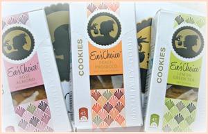 http://makeupfrwomen.blogspot.com/2012/05/snack-tip-eves-choice-xoxo.html
