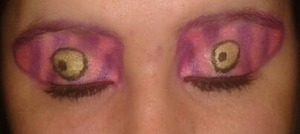Fun Alice in Wonderland, Cheshire Cat inspired eye makeup