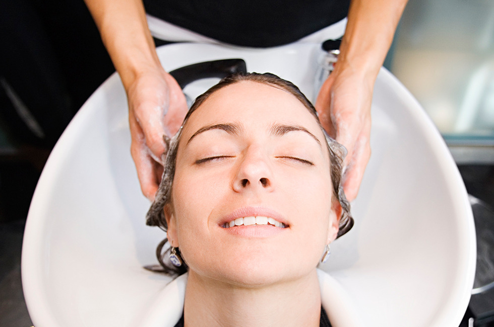 Are You Tipping The Right Amount At The Salon Beautylish
