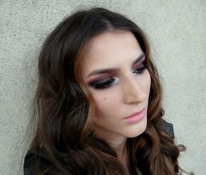 http://www.theglamcrush.com/2013/03/elvana-gjata-inspired-makeup.html