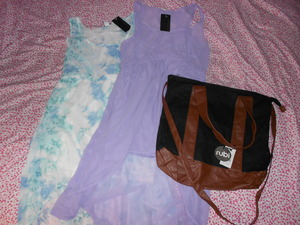 highlow dresses $5 each tote bag $2