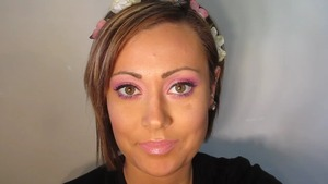 Light & Easy Basic Smokey Eye Using Pinks