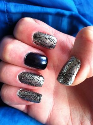 More Sally Hansen nail art.