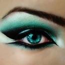 green smoky eyez