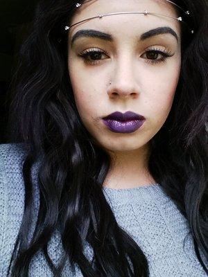 false lashes & deep lips