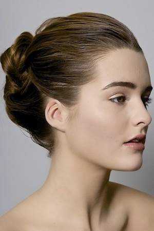 natural look, updo, nude glossy lip, neutral eye