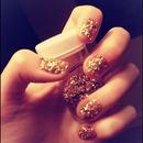 Gold glitter nails!<3