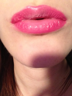 Two toned pink in mac snob inside and clinique plushest punch intense chubby outside