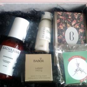 Boudoir Prive Aug box 1