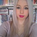 White/lilac hair
