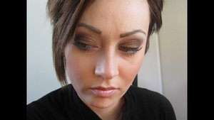 Bronze Smokey Eye