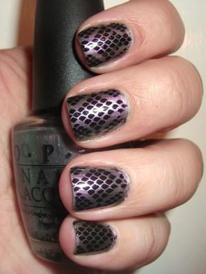 Snakeskin Nails (: