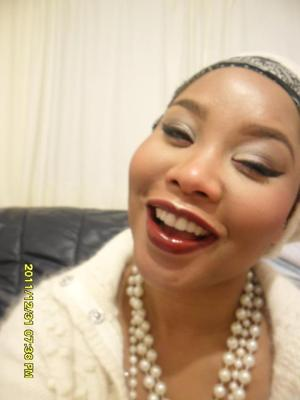 #Trend - Metallic Eyes and Burgandy Toned Lips New Year 2012 MAKE UP
